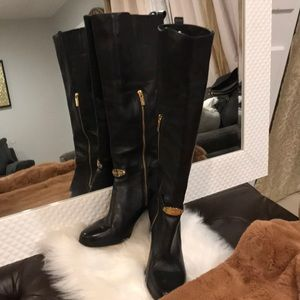 Michael Kors women's leather boots size 8M